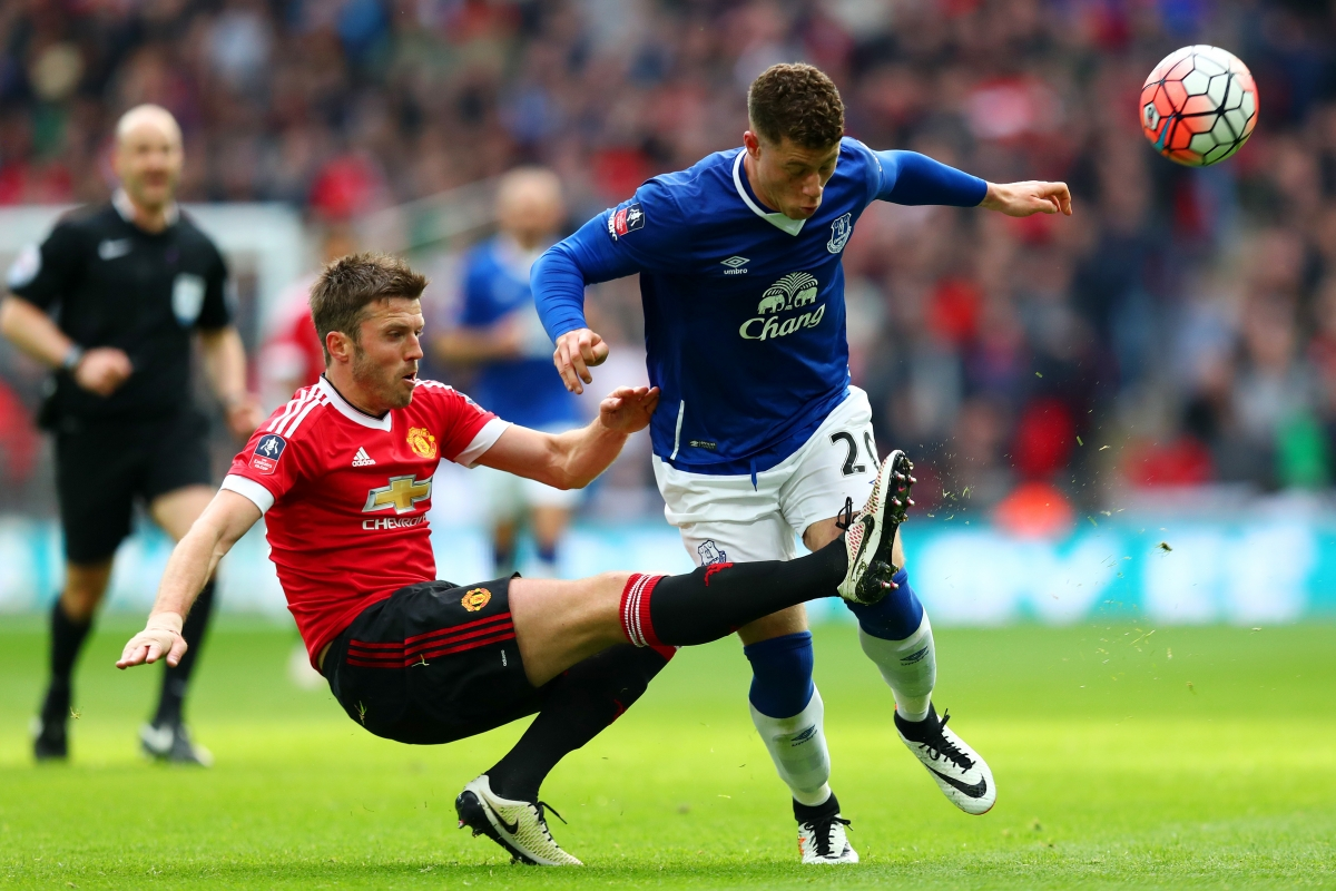Michael Carrick tackles Ross Barkley