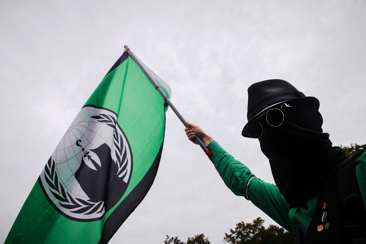 Anonymous DDoS attack on KKK shuts down website once again