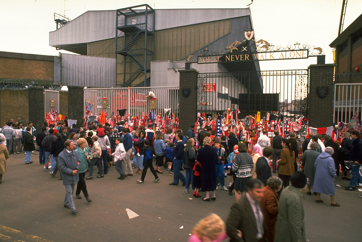 a summary of the movie disaster at hillsborough the hillsborough disaster the hillsborough disaster was an incident that occurred on 15 april 1989 at the hillsborough stadium in sheffield, england, during the fa cup semi-final match between liverpool and nottingham forest soccer clubs the crush resulted in the deaths of 96 people and injuries to 766 others.