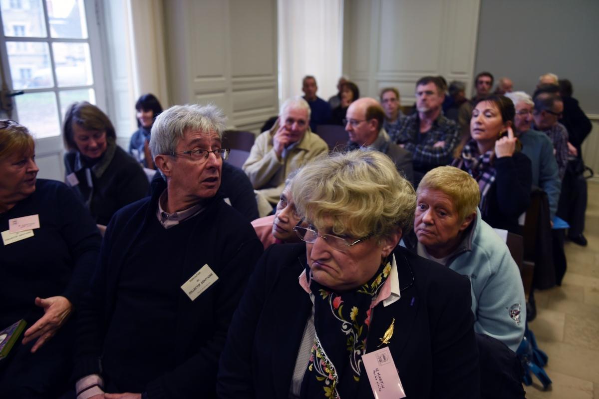 Patients of 'butcher dentist' Van Nierop attendhistrialin