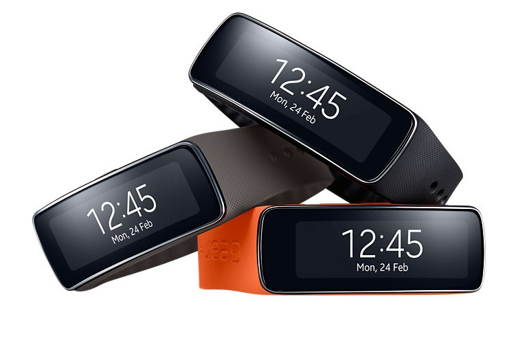Gear Fit 2, Gear IconX photo leaked