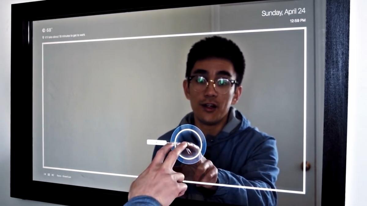 Touchscreen mirror