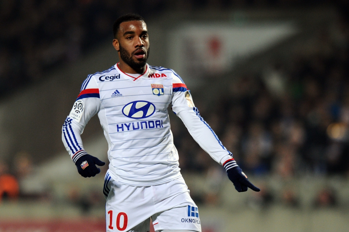 Lacazette is a reported target forBarcelona