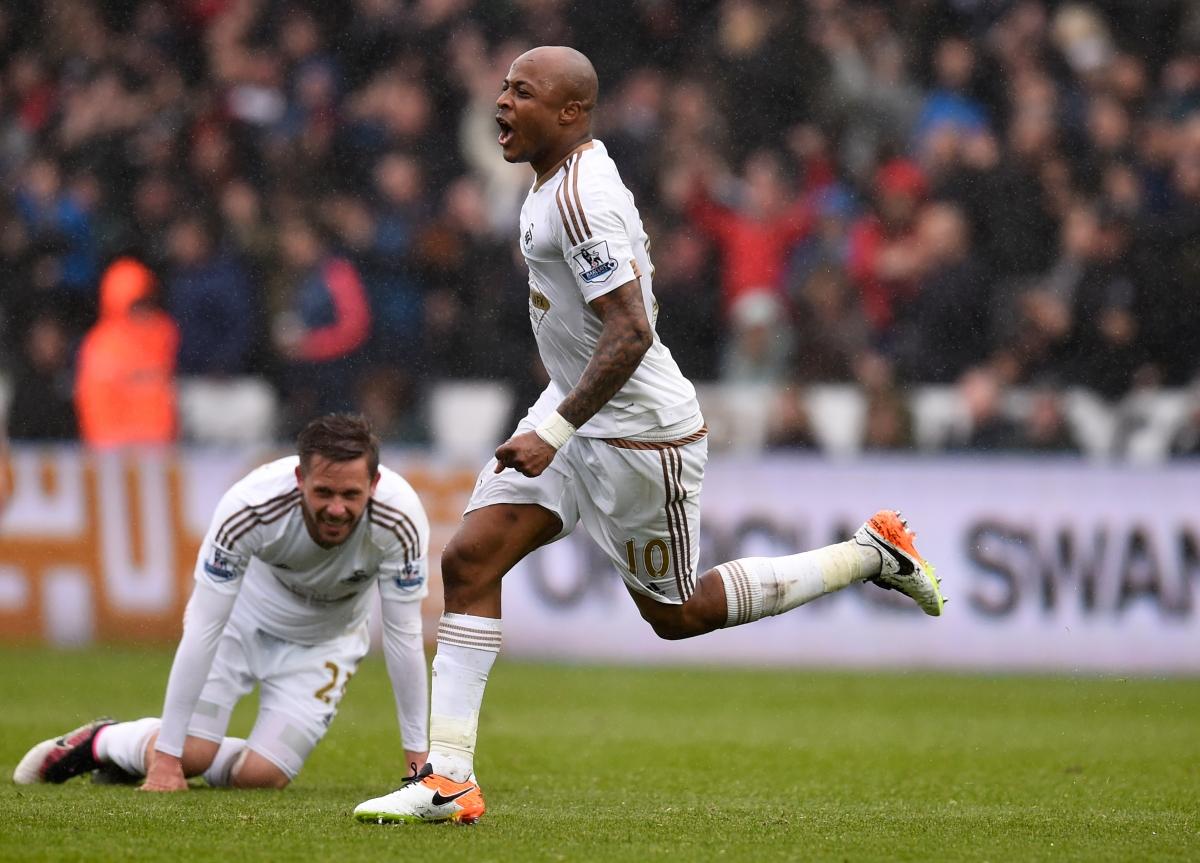 Ayew celebrates his second goal