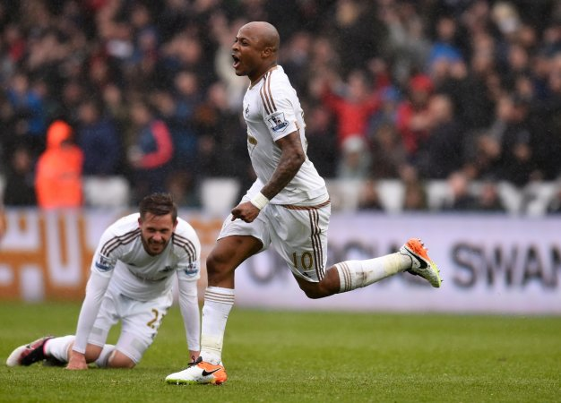 Ayew celebrates his second goal