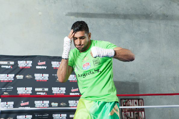 amir khan prepares for fight