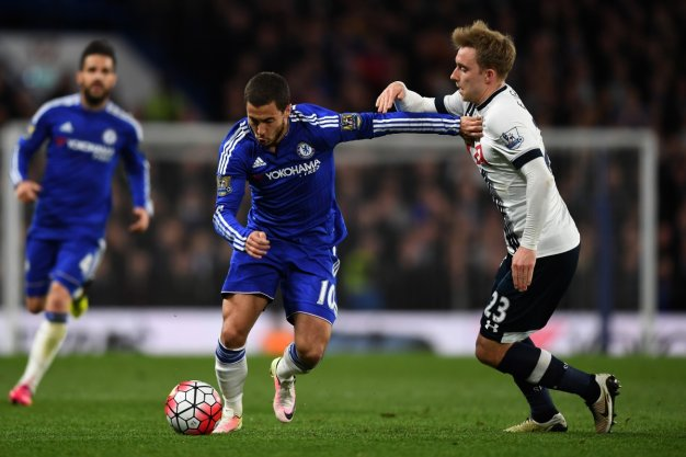 Eden Hazard dribbles with the ball