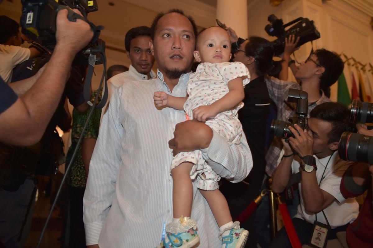 Indonesian sailors freed by Abu Sayyaf