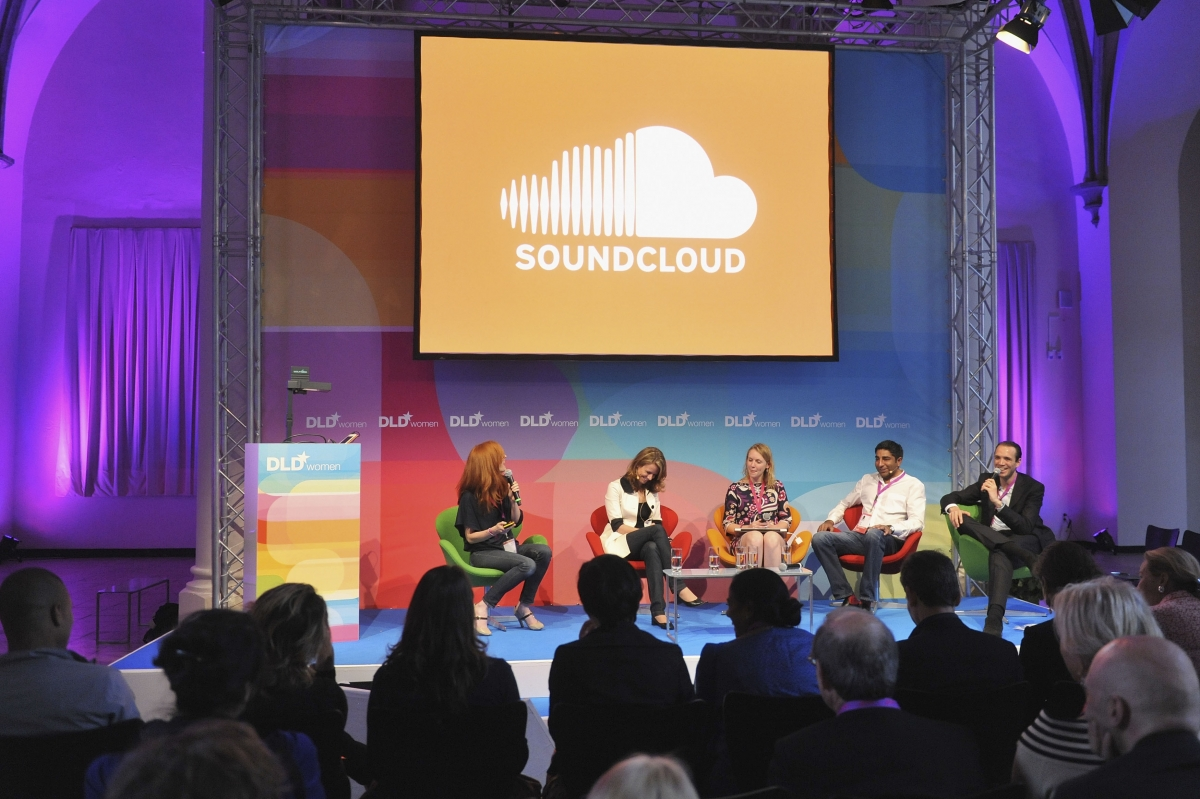 SoundCloud launches paid-for subscription service in UK