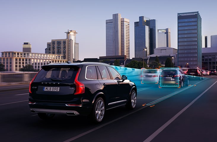 Self-driving cars to affect UK motor insurance industry, warns Volvo chief