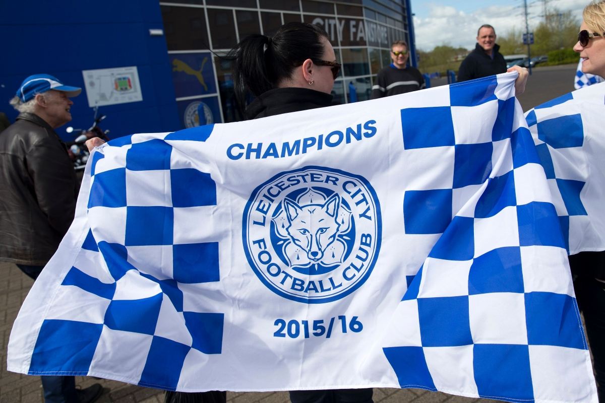 Leicester fans fly champion's flag