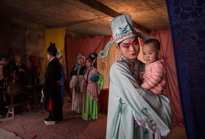 Chinese opera Kevin Frayer