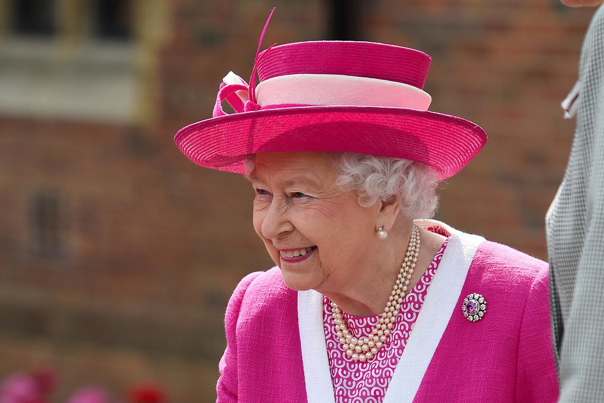 Queen visists Berkhamsted School
