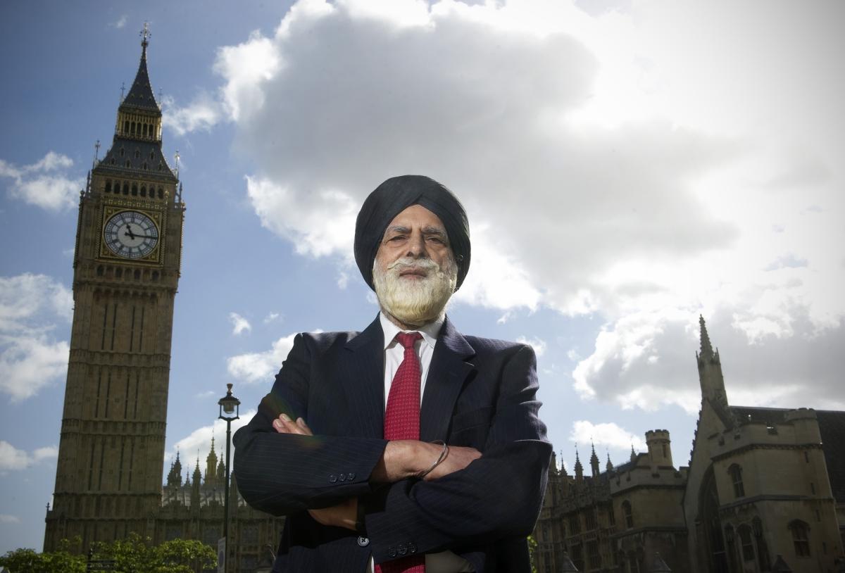 Dr Indarjit Singh