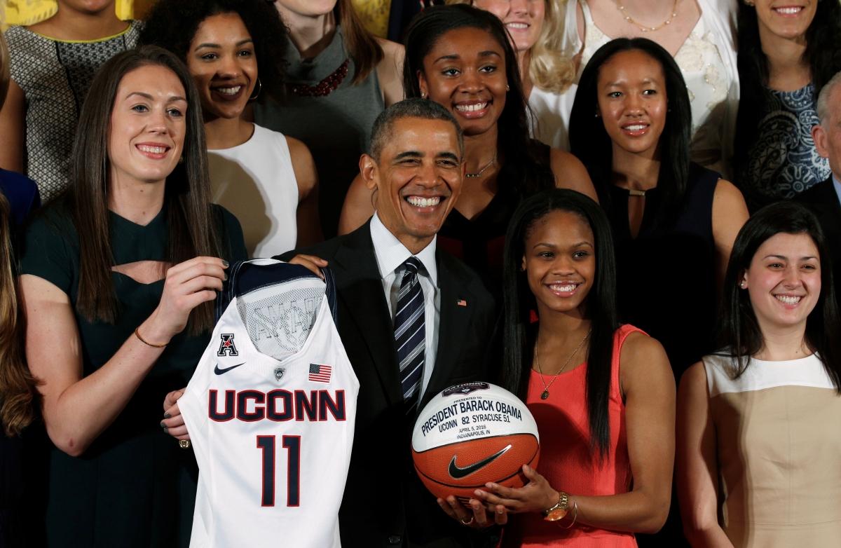 Obama honours UConn women's basketball team