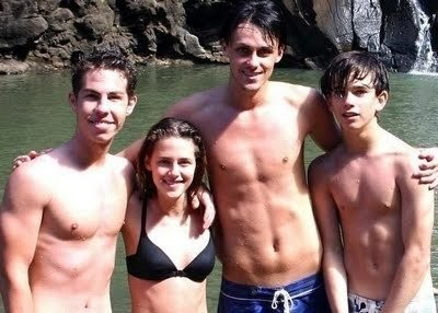 Kristen with her brothers, Cameron, Taylor and Dana