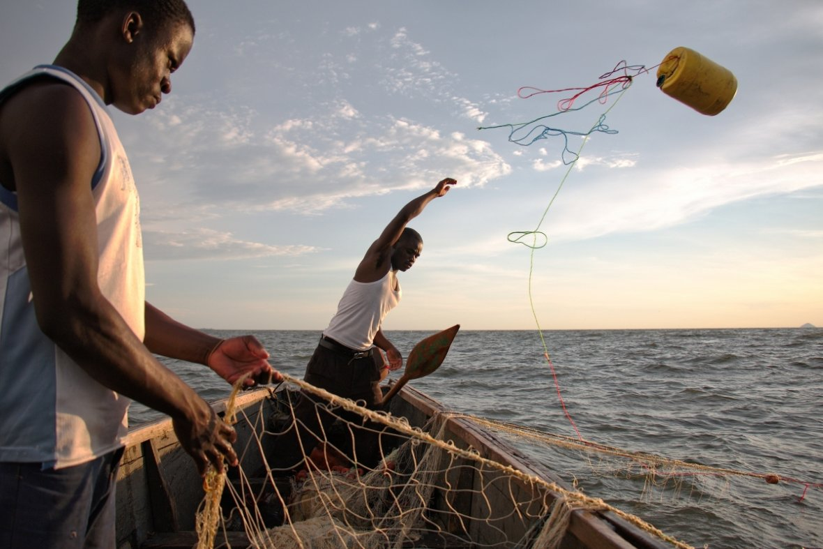 Lake Victoria: Pictures show how over-fishing, pollution and climate