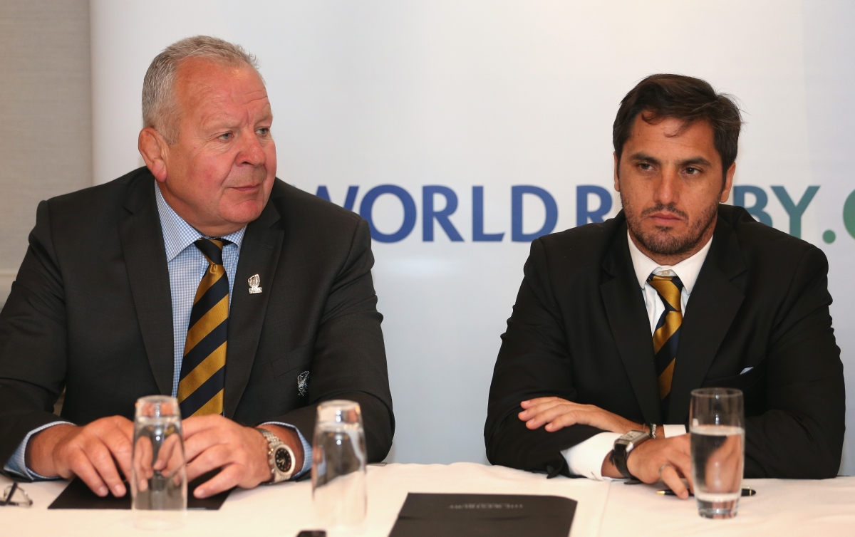 Bill Beaumont and Agustin Pichot