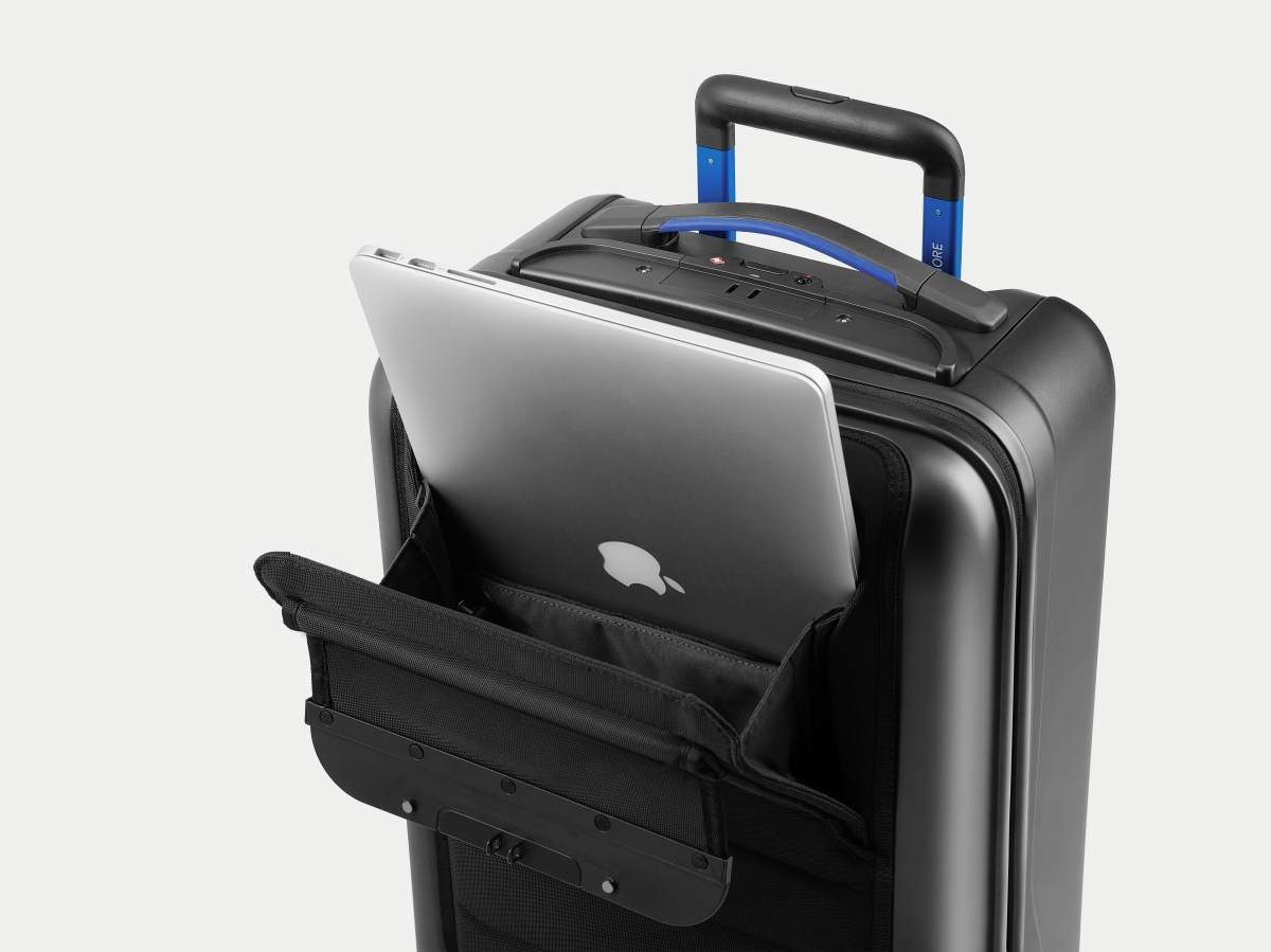 The Bluesmart suitcase