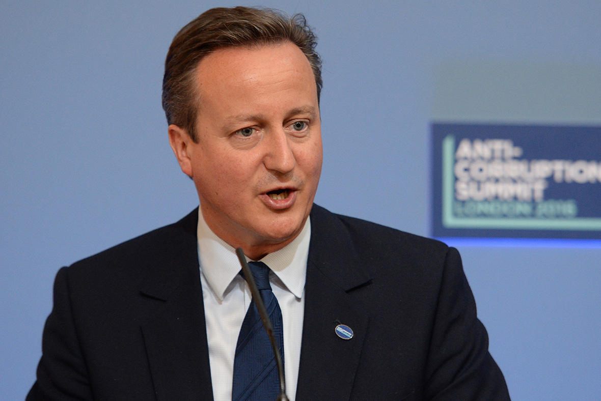 EU referendum: Family holidays to Europe will rise by £230 after Brexit claims David Cameron