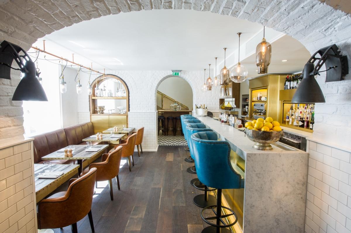 Apero restaurant and bar