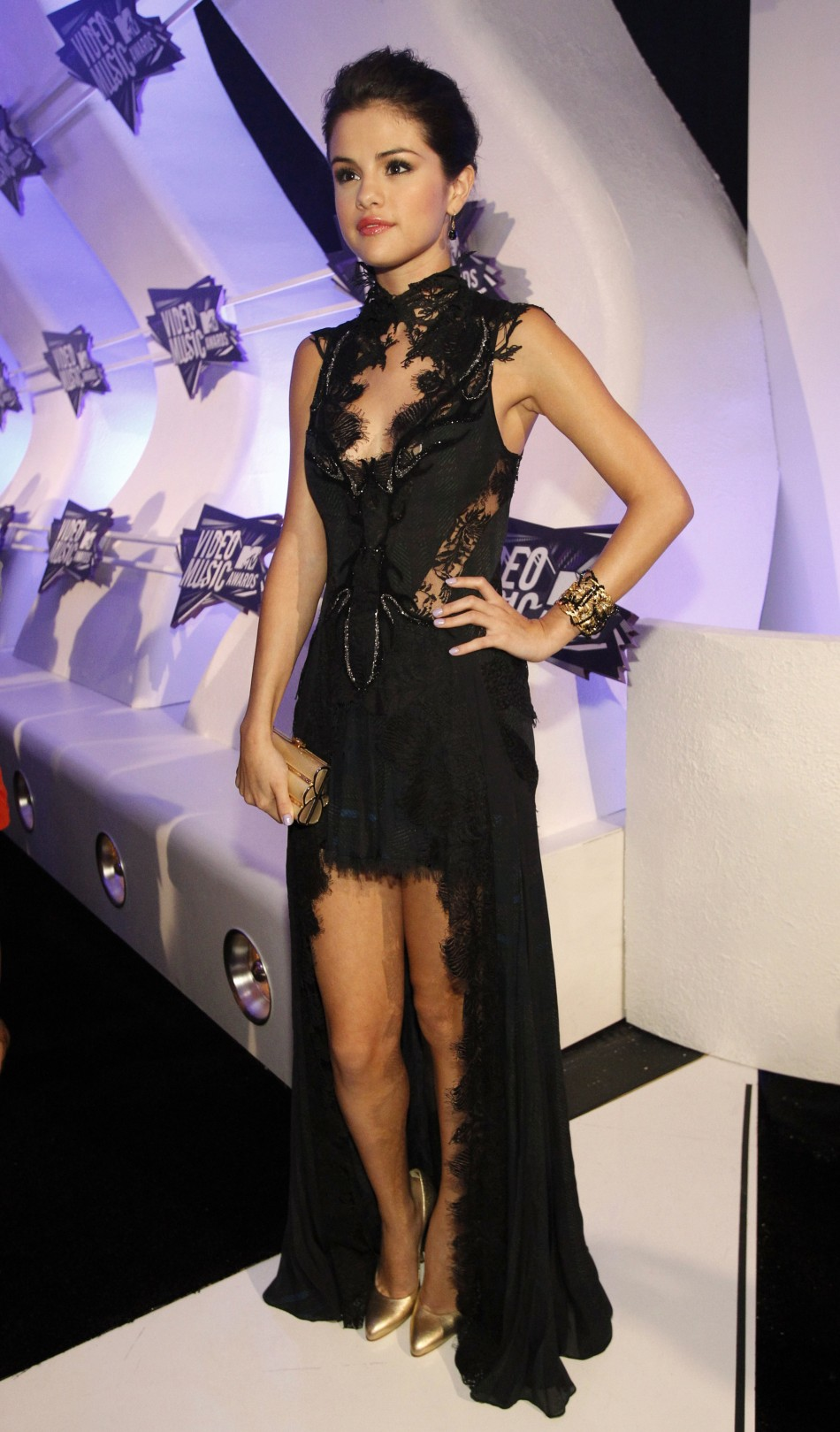 Celebs Nail the Glamour Quotient at the MTV Awards 2011