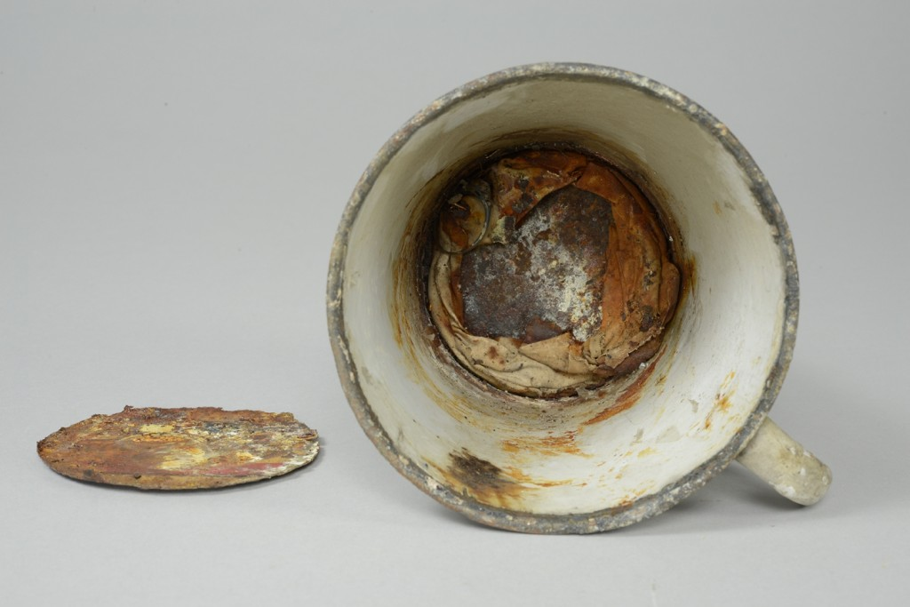 Auschwitz mug