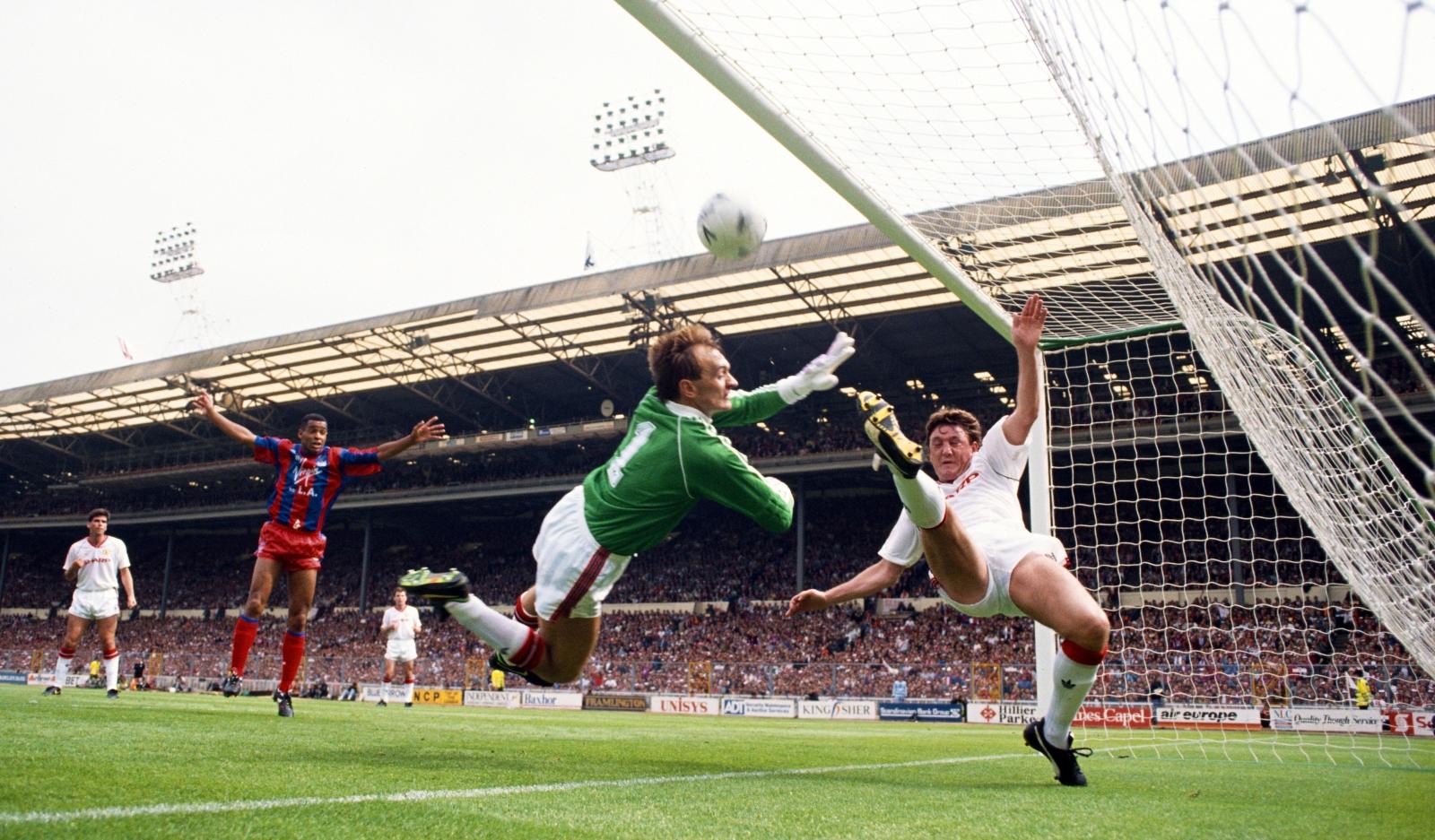 Mark Bright, Manchester United vs Crystal Palace