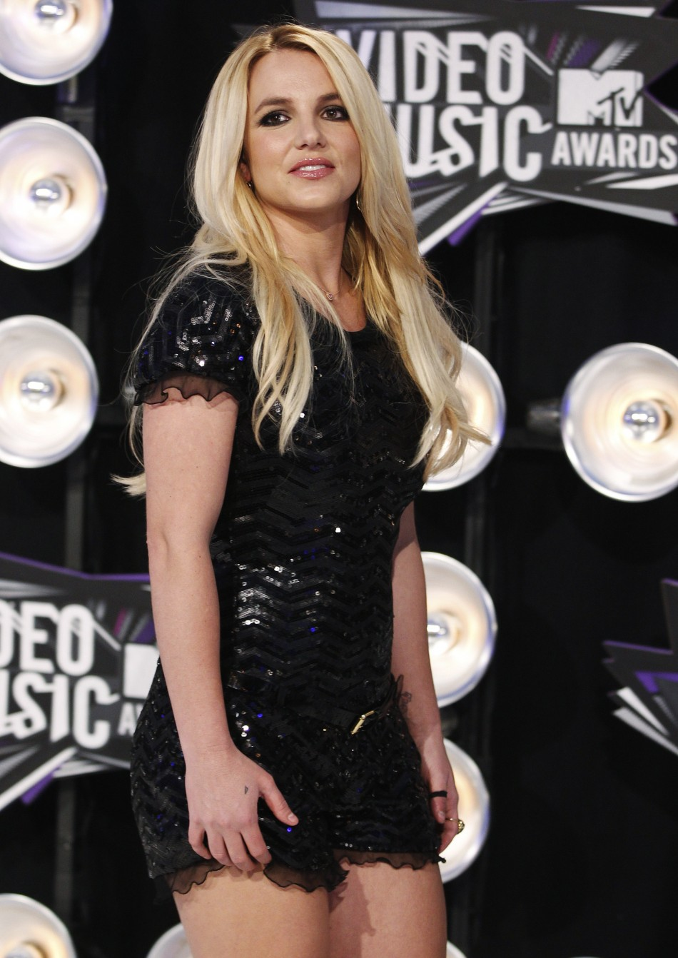 MTV Video Music Awards 2011 Top 10 Red Carpet Fashion