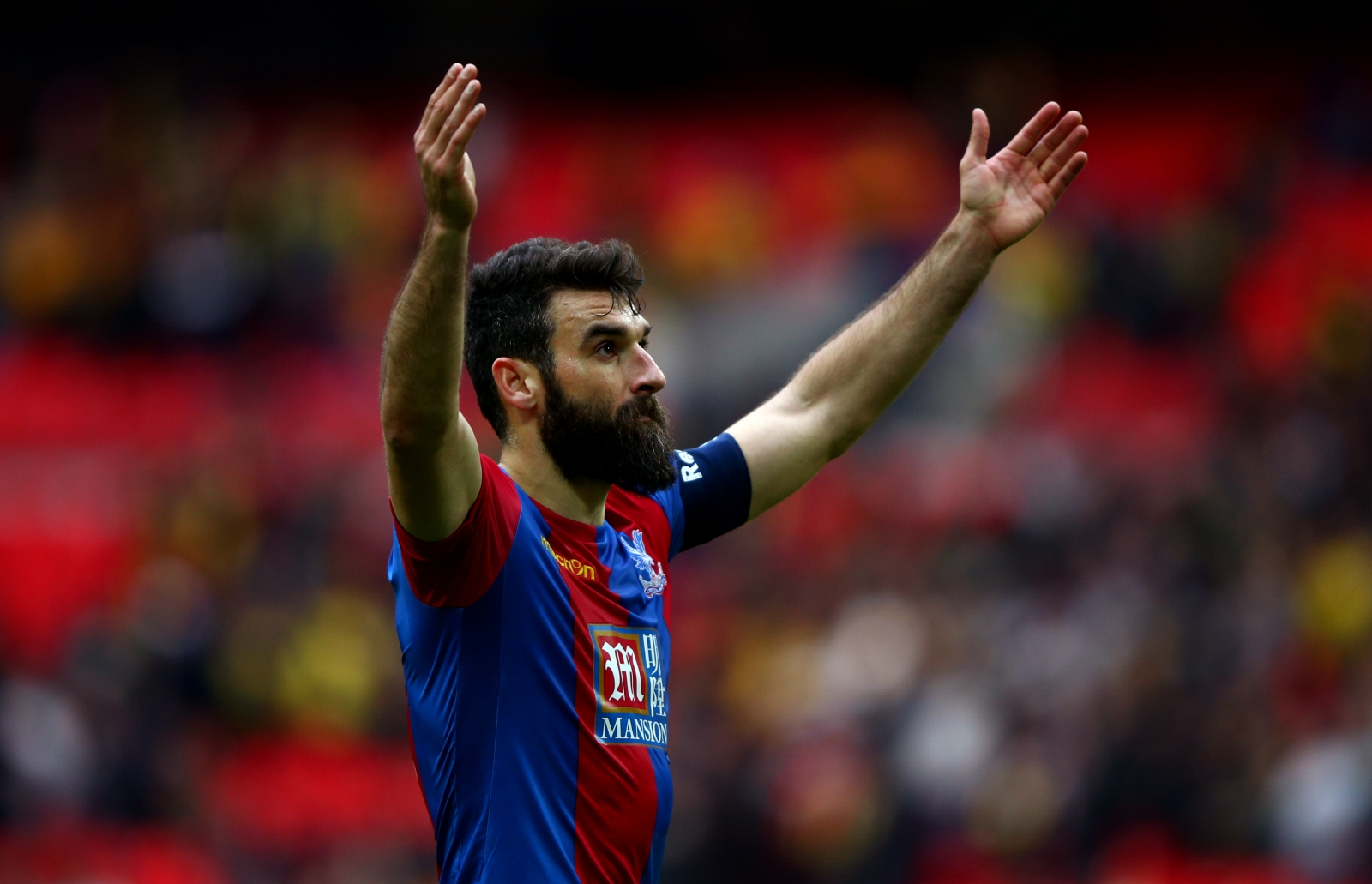 Crystal Palace v Manchester United: Mile Jedinak takes inspiration from Leicester City ahead of FA Cup final