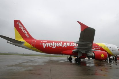 Boeing and VietJet sign $11.3bn deal for 100 airplanes in the presence of US President Barack Obama