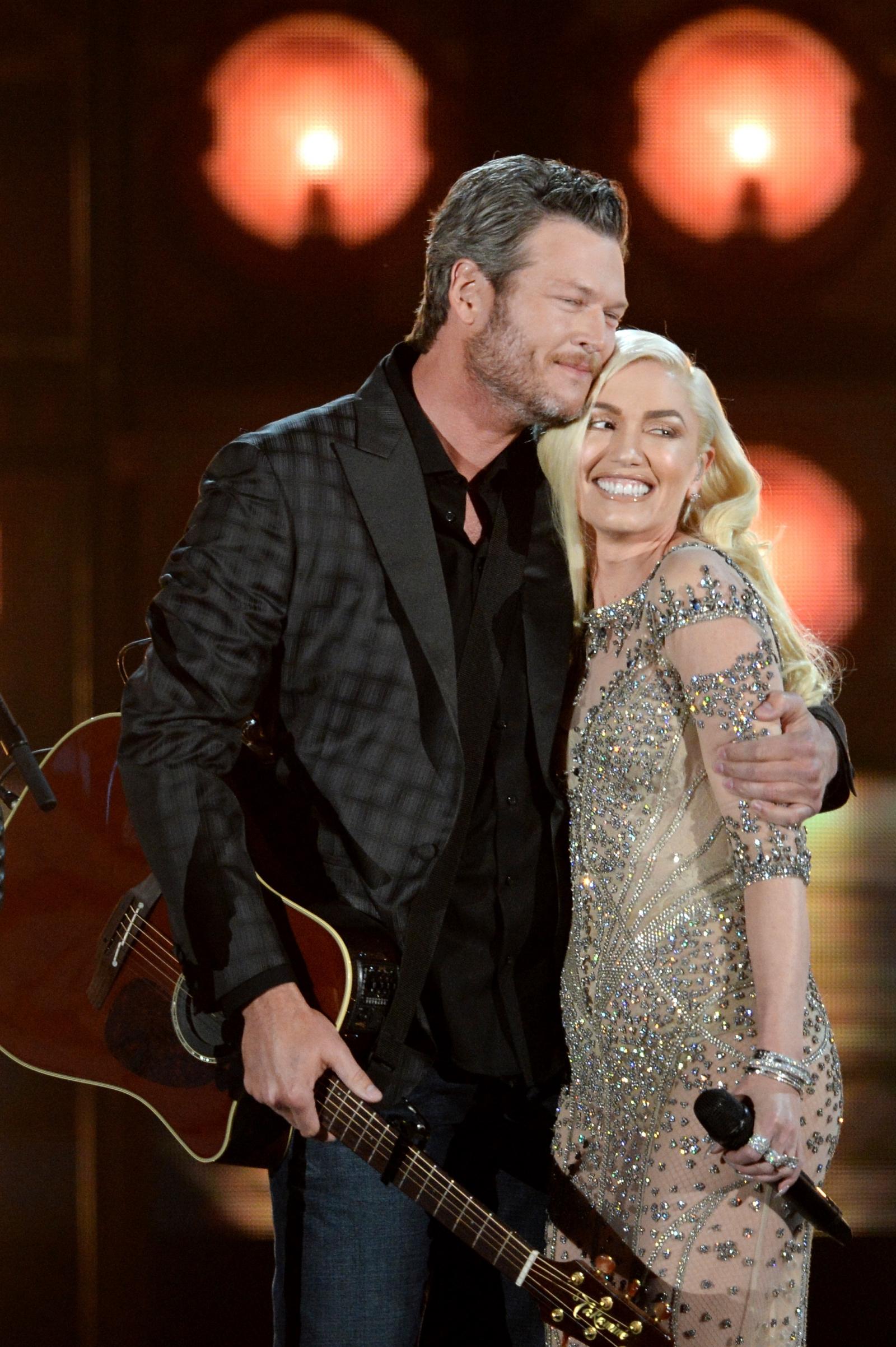 Gwen Stefani and Blake Shelton: Songstress's pregnancy report debunked