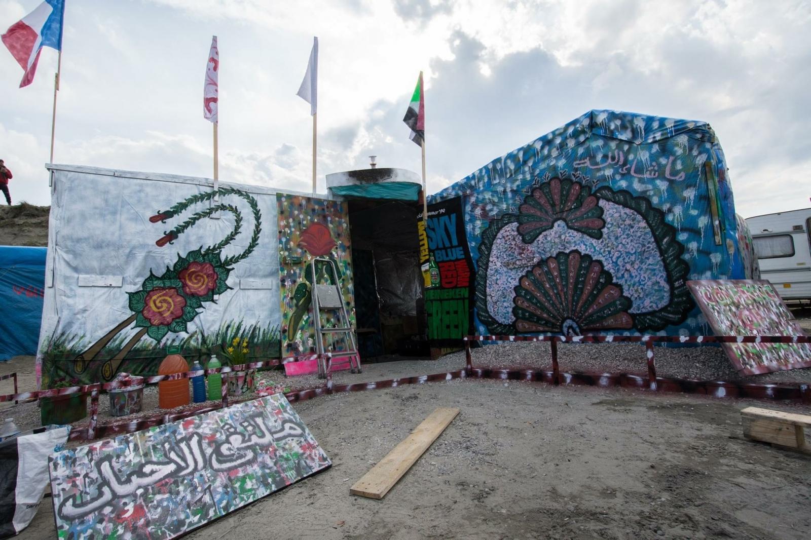 Calais jungle artist