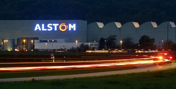 Alstom wants to put double-decker trains on the HS2 rail line