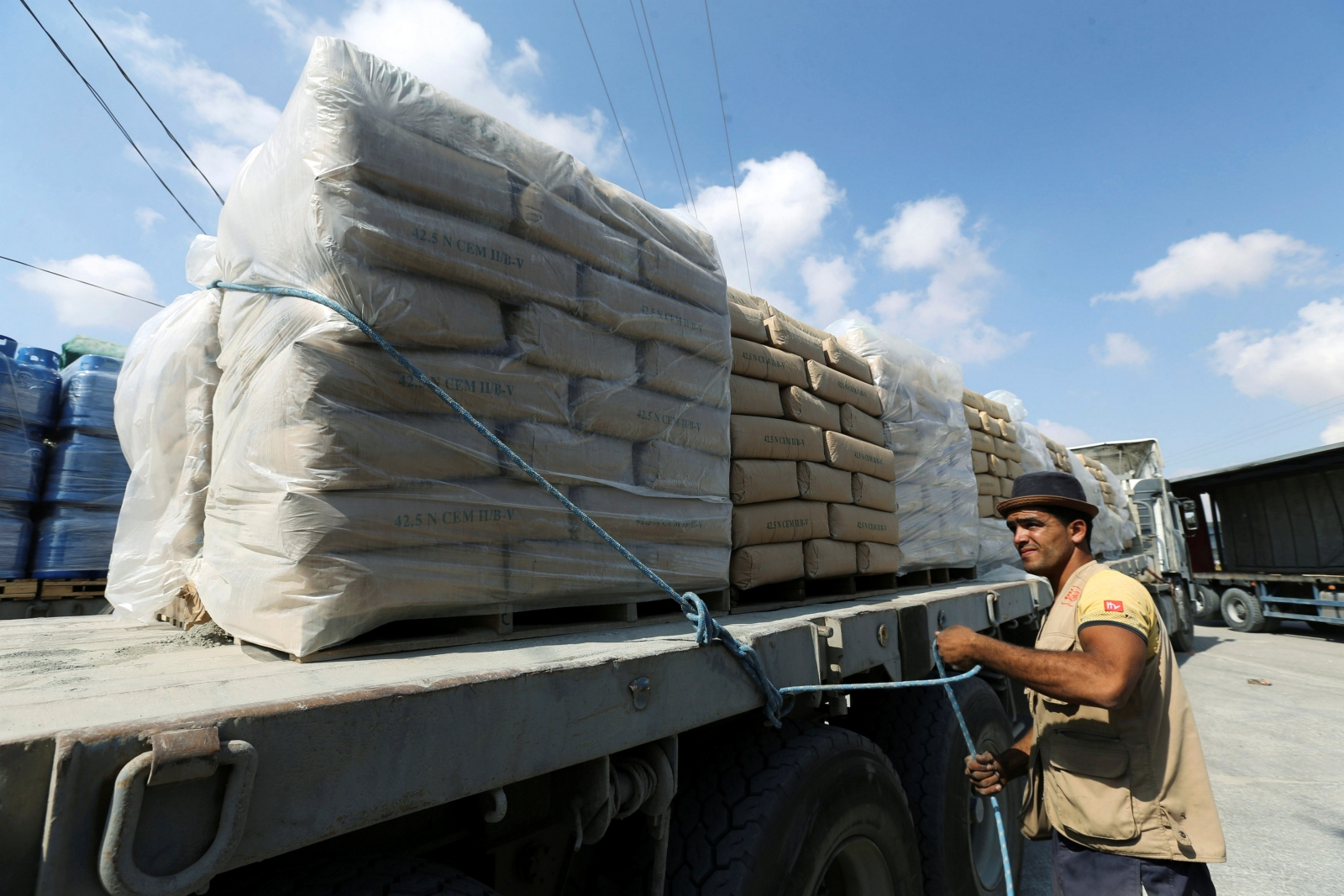 Cement Gaza Strip