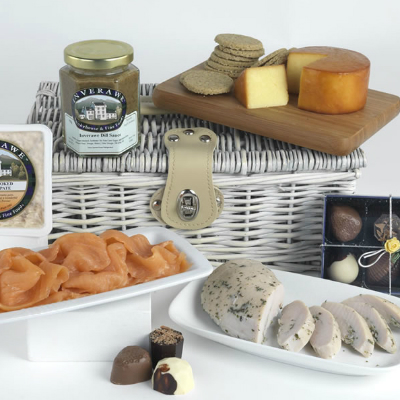 summer picnic hampers