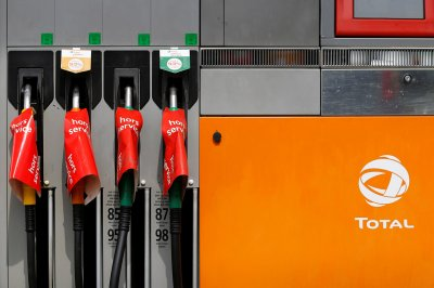 France fuel petrol strike shortage