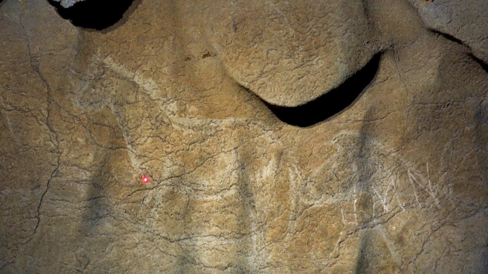 Atxurra cave paintings