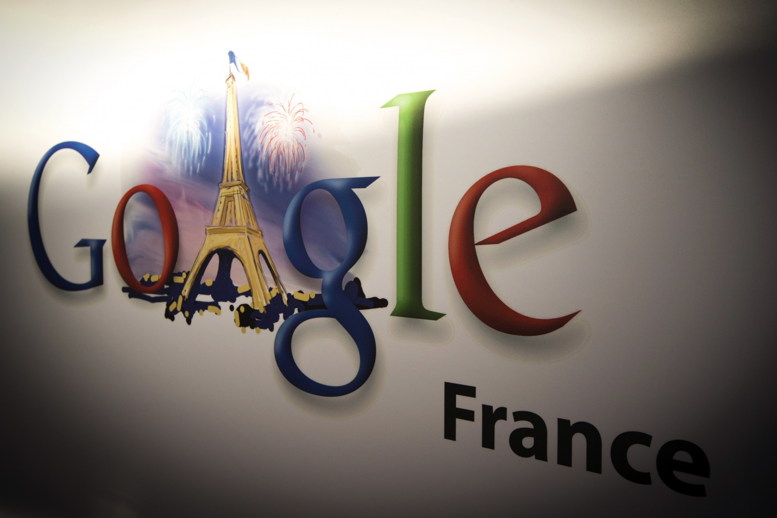 France rules out tax deal with Google