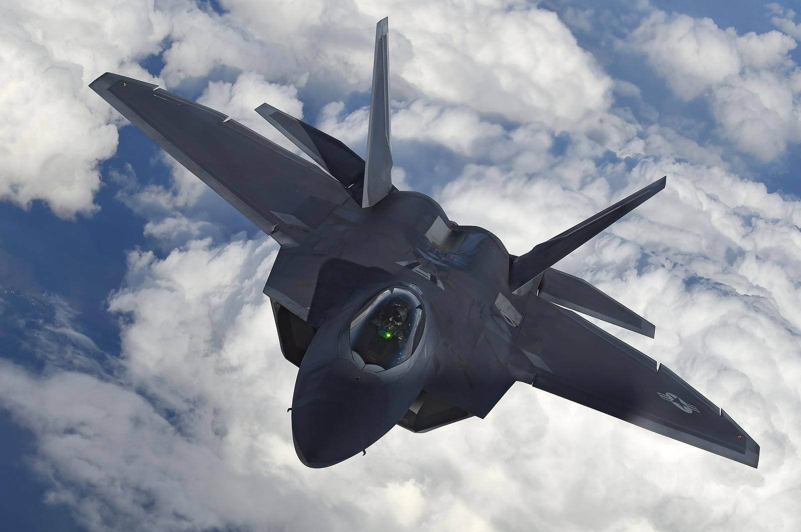 US F-22 Raptor fighter jet