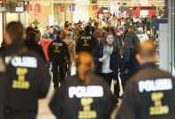 Police officers on duty in Hamburg\'s mainrailwaystation