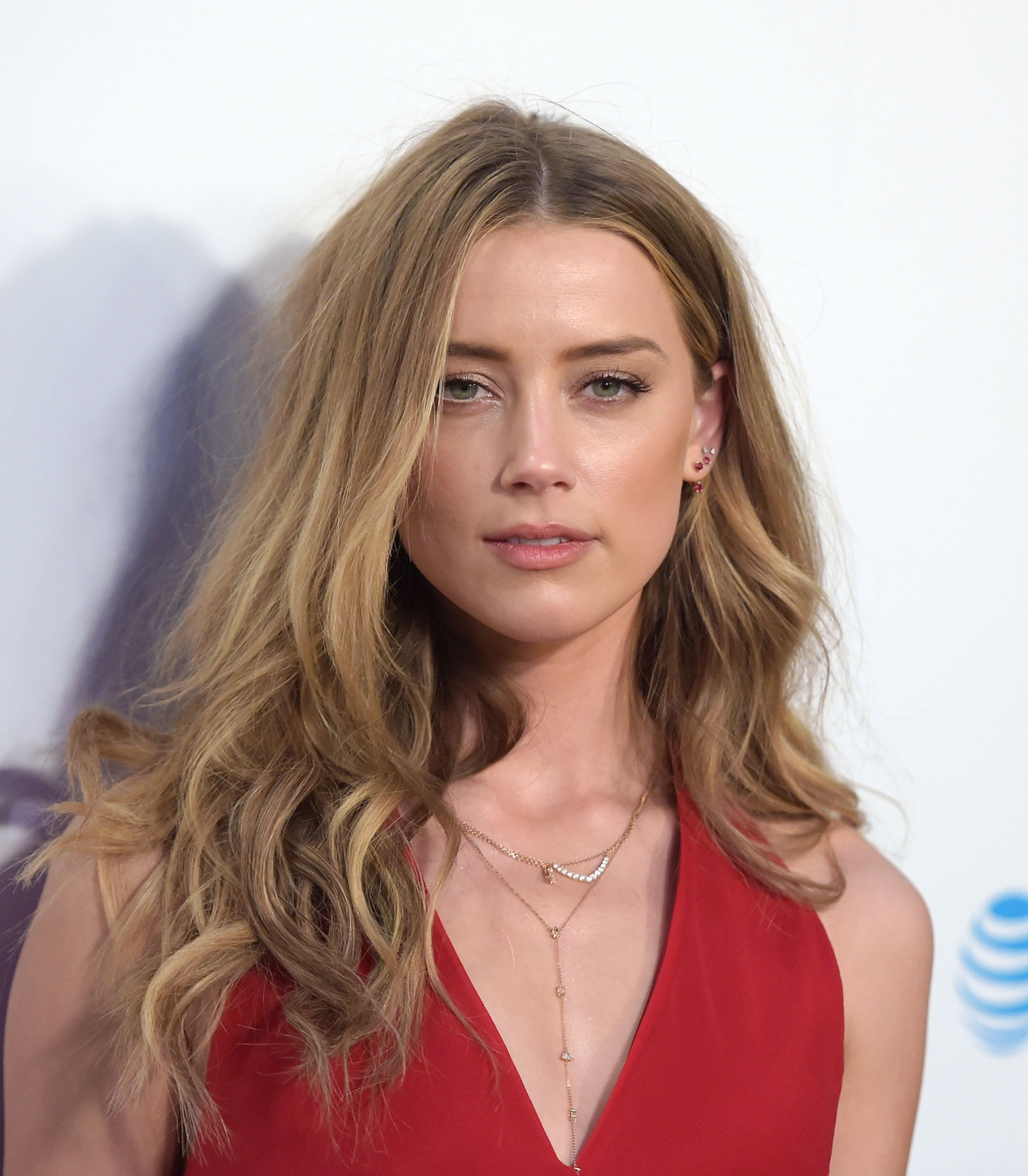 Amber Heard is seen with bruises after Johnny Depp video leak Amber Heard