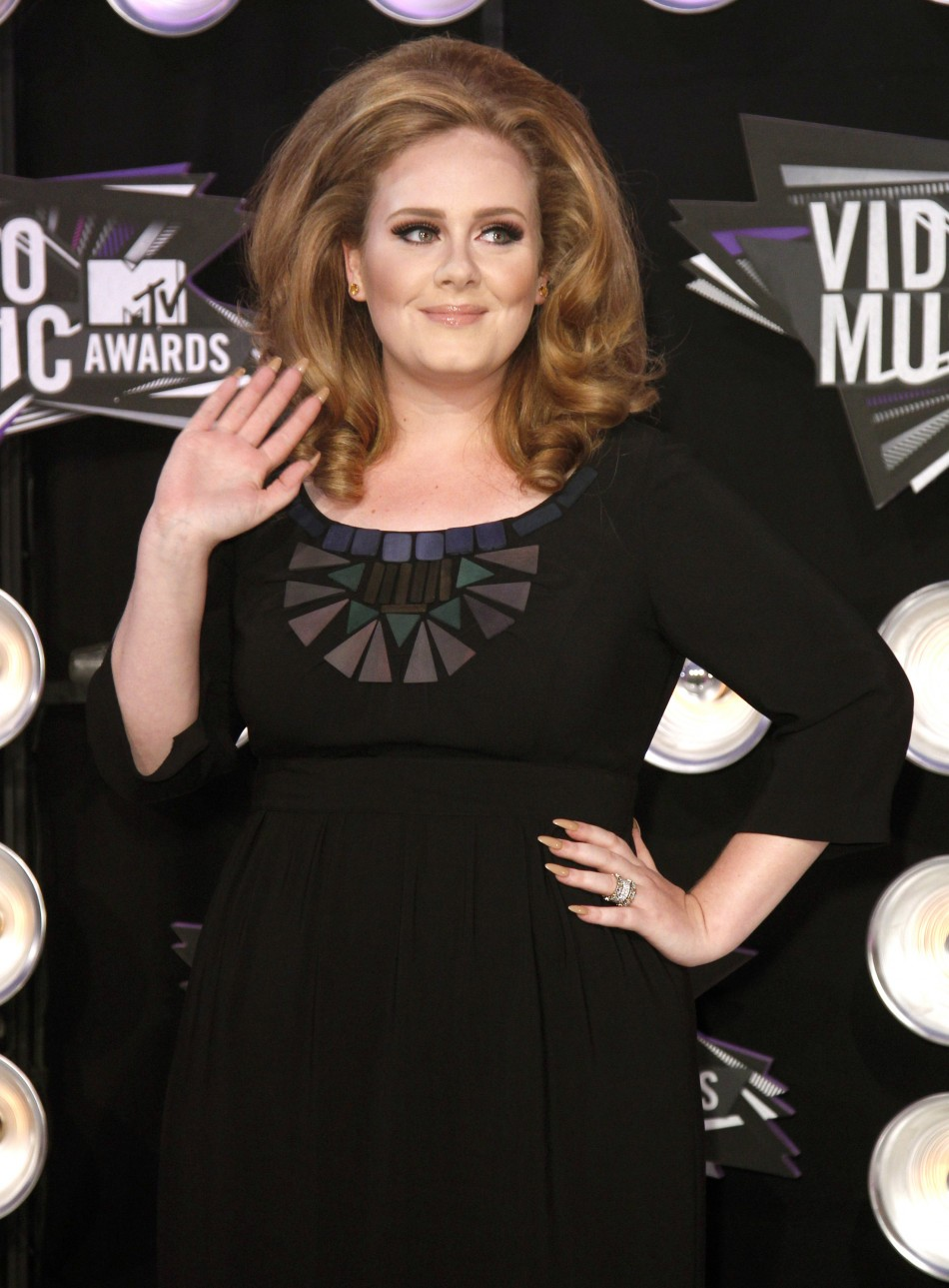 Singer Adele arrives at the 2011 MTV Video Music Awards in Los Angeles