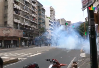 Venezuela: National guard fire tear gas a protesters chanting 'we want food'
