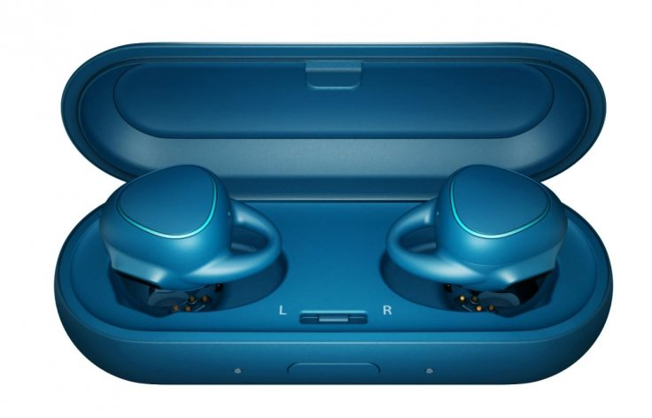 Samsung announces Gear IconX earbuds