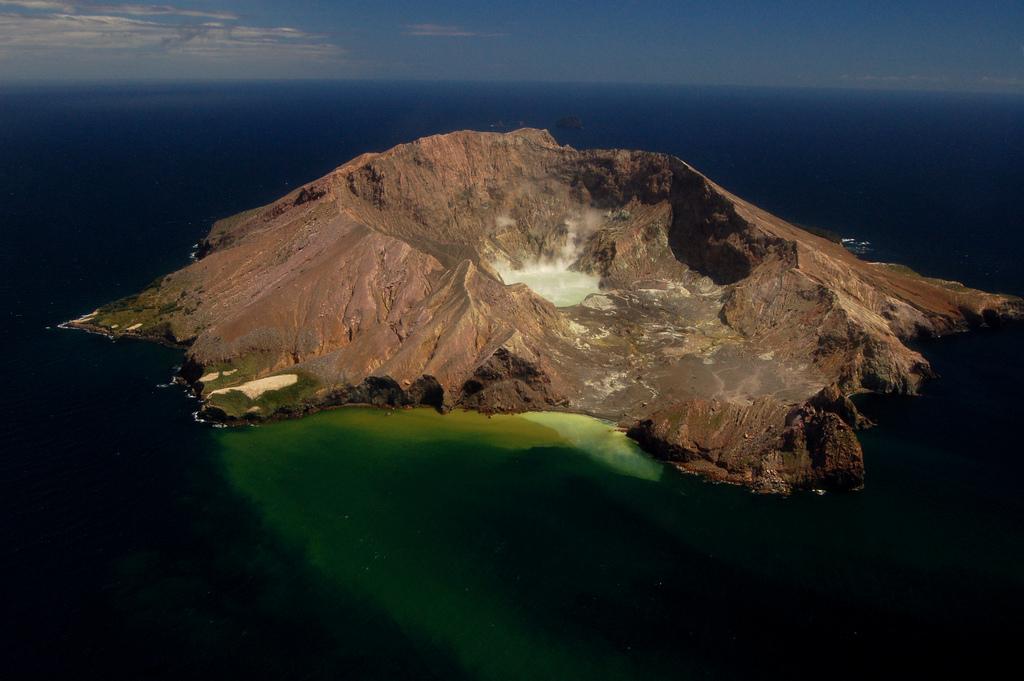 White Island bay of plenty