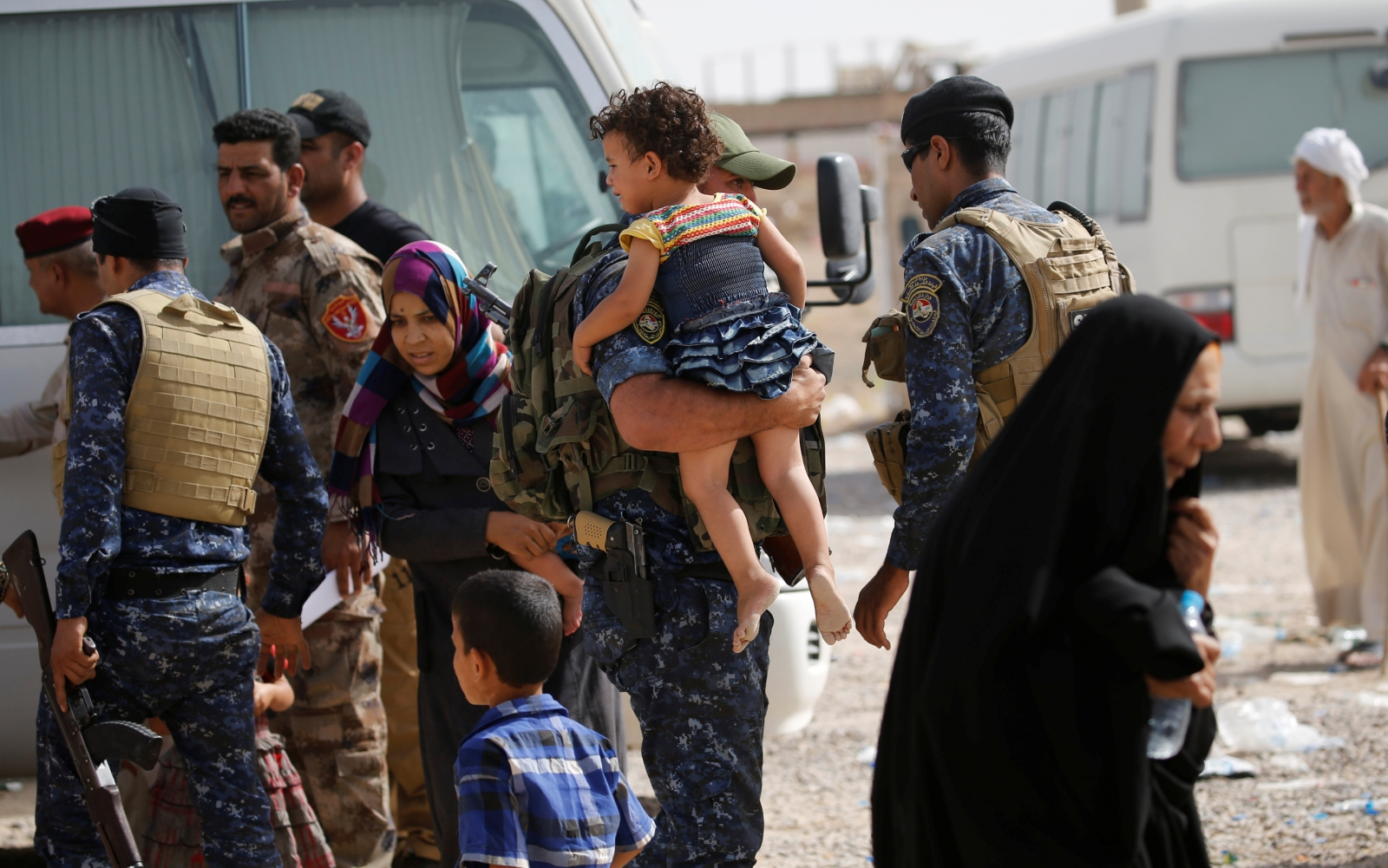 Civilians flee falluja