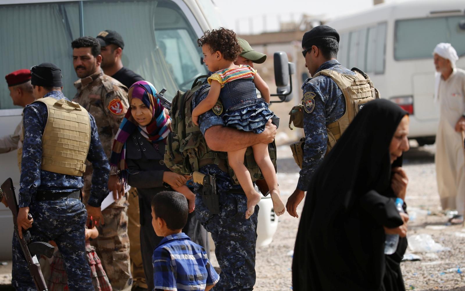 Civilians flee falluja