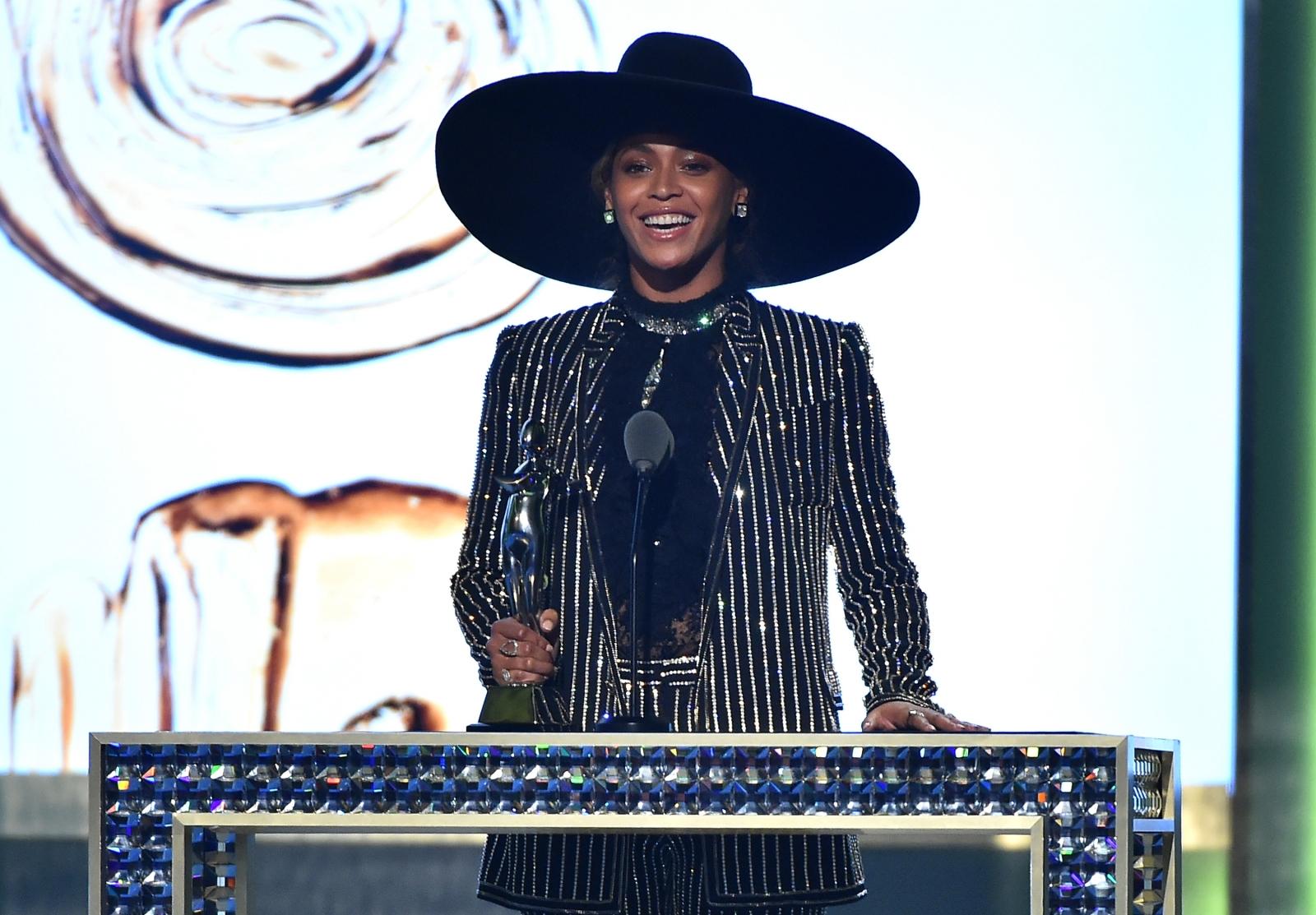 Beyonce CFDA Awards
