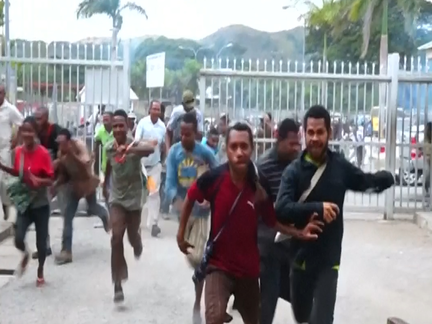 Papua New Guinea students shot